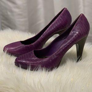 Nine West snakeskin Novitao heels size 9M